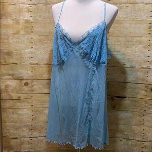 Cacique sheer blue nighty